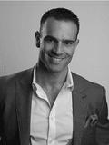 Taylor Kleinberg, Ray White - Bulimba