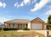 296 Ramsay Street, Middle Ridge, Qld 4350