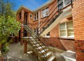 2/5 Avoca Court, Elwood, Vic 3184