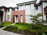 10 Tyne Walk, Glenfield, NSW 2167
