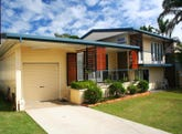 29 Beach Road, Pialba, Qld 4655