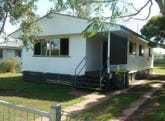 23 Toowoomba Road, Oakey, Qld 4401