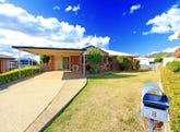 8 Michael Low Place, Norman Gardens, Qld 4701