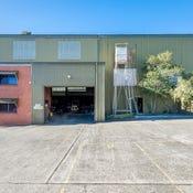 5 Glastonbury Avenue, Unanderra, NSW 2526