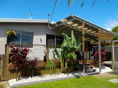 116 Whiting Street, Labrador, Qld 4215