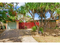 11 Pareena Crescent, Mansfield, Qld 4122