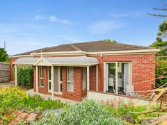 2/5 Premier Court, Highton, Vic 3216