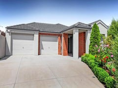 30 Barringo Way, Caroline Springs, Vic 3023