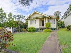 35 Stanley Road, Camp Hill, Qld 4152