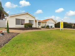 18 Autumn Cresent, Thornlie, WA 6108
