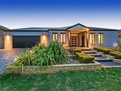15 Queensberry Court, Hillside, Vic 3037