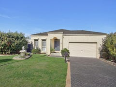 23 MULDURI CRES, Croydon South, Vic 3136