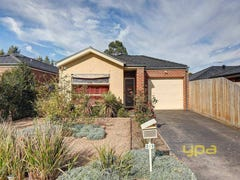 2/5 Haywood Grove, Melton West, Vic 3337