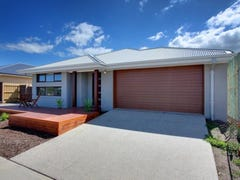 8 Malabar Court, Cowes, Vic 3922
