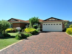 44 Arkwell Avenue, Rockingham, WA 6168