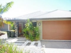 14 Savaii Close, Palm Cove, Qld 4879