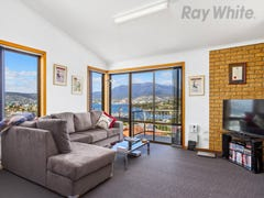 2/4 View Street, Bellerive, Tas 7018