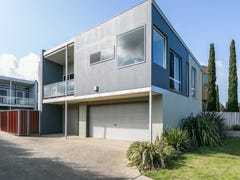 1/114 Beach Road, Torquay, Vic 3228