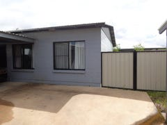 2/13 Hobart Cres, Johnston, NT 0832