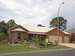 20 Roselawn Dr, Orange, NSW 2800