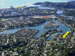 3 Taproot Place, Elanora, Qld 4221
