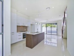 1/132 Eugaree Street, Southport, Qld 4215