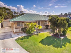 44 Columbia Drive, Beachmere, Qld 4510