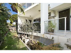 3/61 Tallebudgera Drive, Palm Beach, Qld 4221