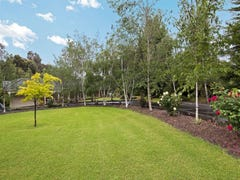 8 Compass Court, Somerville, Vic 3912