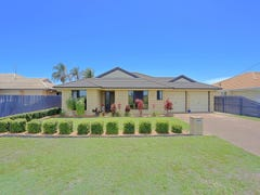 104 Clearview Ave, Thabeban, Qld 4670