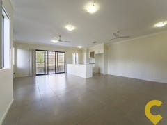 2/2 Kelly Avenue, Coomera, Qld 4209