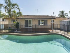4 Rathbone Place, Labrador, Qld 4215