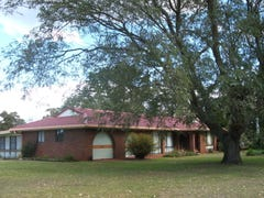 10611 New England Highway, Highfields, Qld 4352
