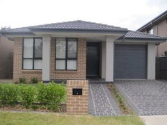 House 22 Stringybark Street, Ropes Crossing, NSW 2760