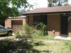 8 Schaffer Place, Charnwood, ACT 2615