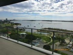 11305/82 Marine Parade, Southport, Qld 4215