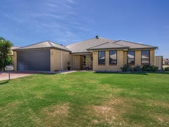 13 Newfound Street, Secret Harbour, WA 6173