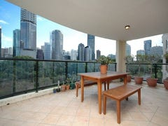 309/36 MacDonald Street, Kangaroo Point, Qld 4169