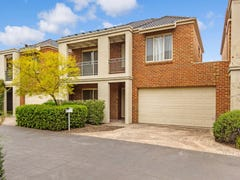 10 Autumn Grove, Mitcham, Vic 3132