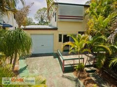 26 Bishop Road, Beachmere, Qld 4510