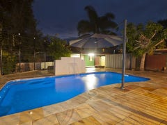 10 Levestam Court, Carrara, Qld 4211