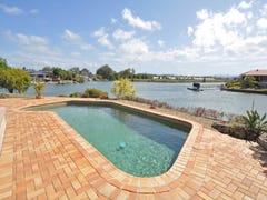 15 Clipper Court, Biggera Waters, Qld 4216