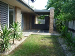 22/25  Thorngate Drive 'Cenville Apartments', Robina, Qld 4226