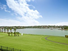 26/27-33 Peninsula Drive, Breakfast Point, NSW 2137