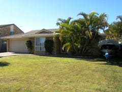 135 Ashmole Road, Scarborough, Qld 4020
