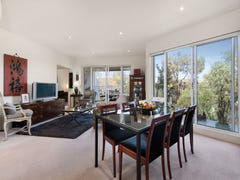 22/4 Seisman Place, Port Melbourne, Vic 3207