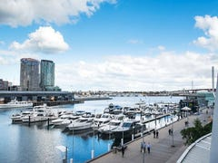208/2 New Quay Promenade, Docklands, Vic 3008