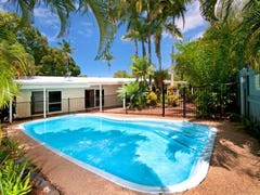 2 Sorrento Crescent, Port Douglas, Qld 4877