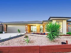 11 Mallard Cl, Williams Landing, Vic 3027