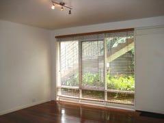 2/11A Pine Avenue, Elwood, Vic 3184